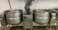# K 1501  CLEVELAND   TWIN   MIXING   TILTING   STEAM   KETTLE